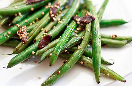 Asian green beans with sesame and