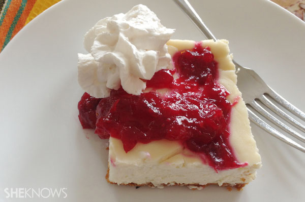 Cranberry swirl cheesecake bars final product | Sheknows.ca