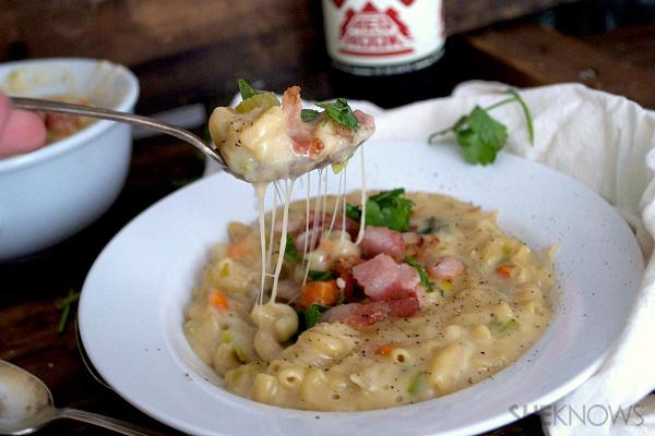 Creamy pancetta macaroni and cheese soup