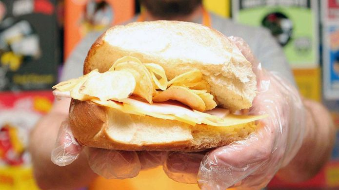 First English crisp sandwich café opens