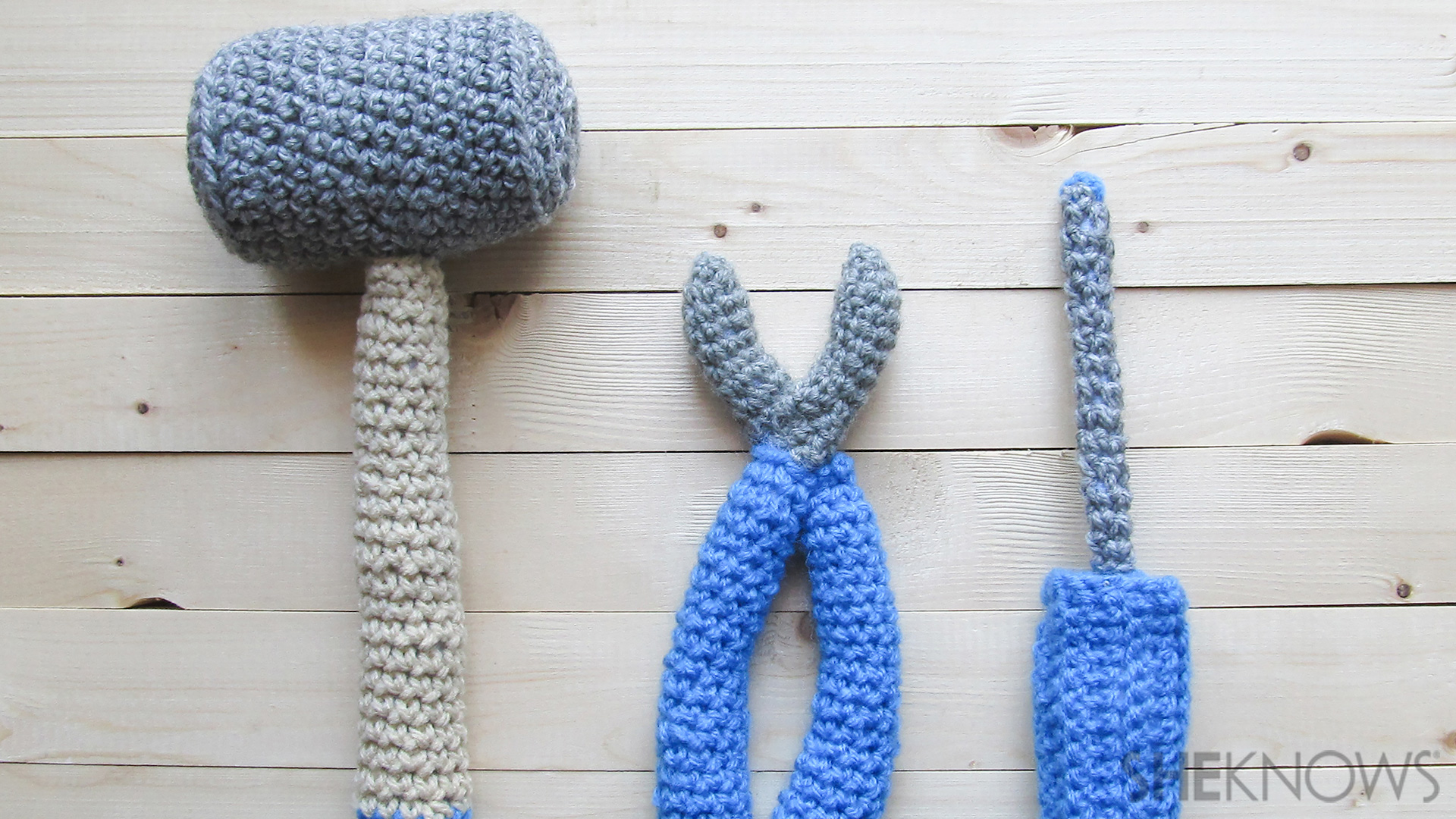 Crochet a tool set for Father's Day