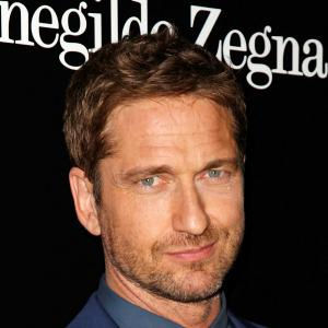 Gerard Butler surfs out of Point