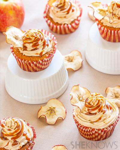 salted caramel apple cupcakes
