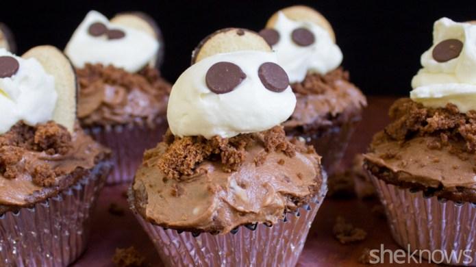 Chocolate graveyard cupcakes: An adorable treat
