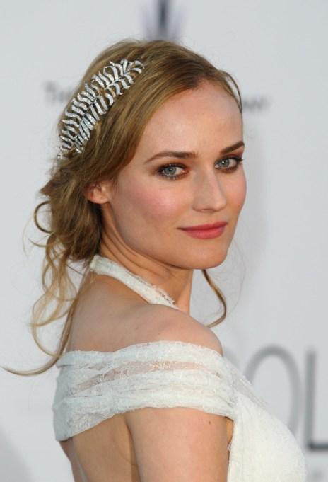 Celebrity Inspired Ways To Wear A Headband | Diane Kruger