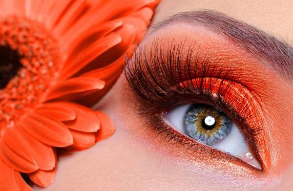 Wear the trend -- neon makeup