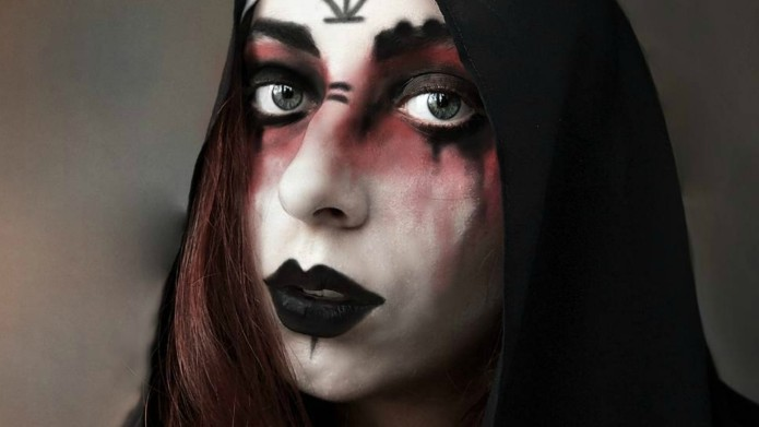 These Halloween Makeup Ideas Will Take