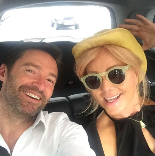 Deborra-lee Furness & Hugh Jackman in the car