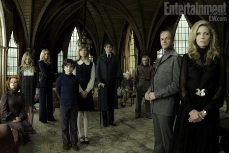 Dark Shadows Full Cast Photo