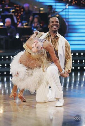 David Allen Grier tries to boogie