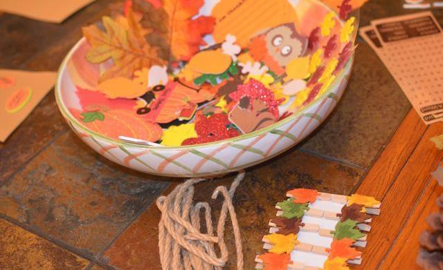 Homeschool crafts: Fall garland