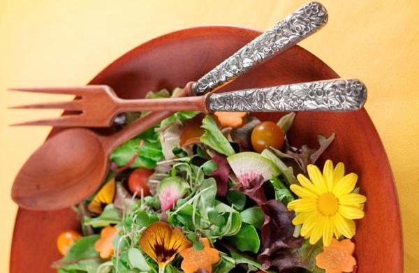 Edible flowers: Incorporate springtime into meal