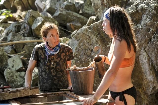 Debbie Wanner talks with Sarah Lacina on Survivor: Game Changers