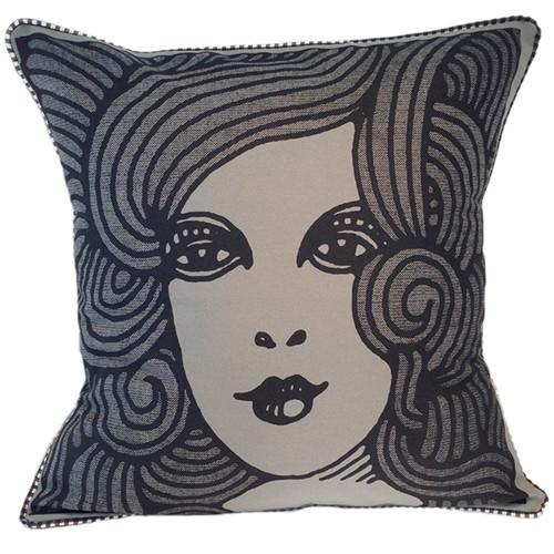 deco-woman-pillow