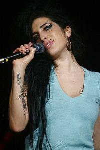 Two new Amy Winehouse songs hit