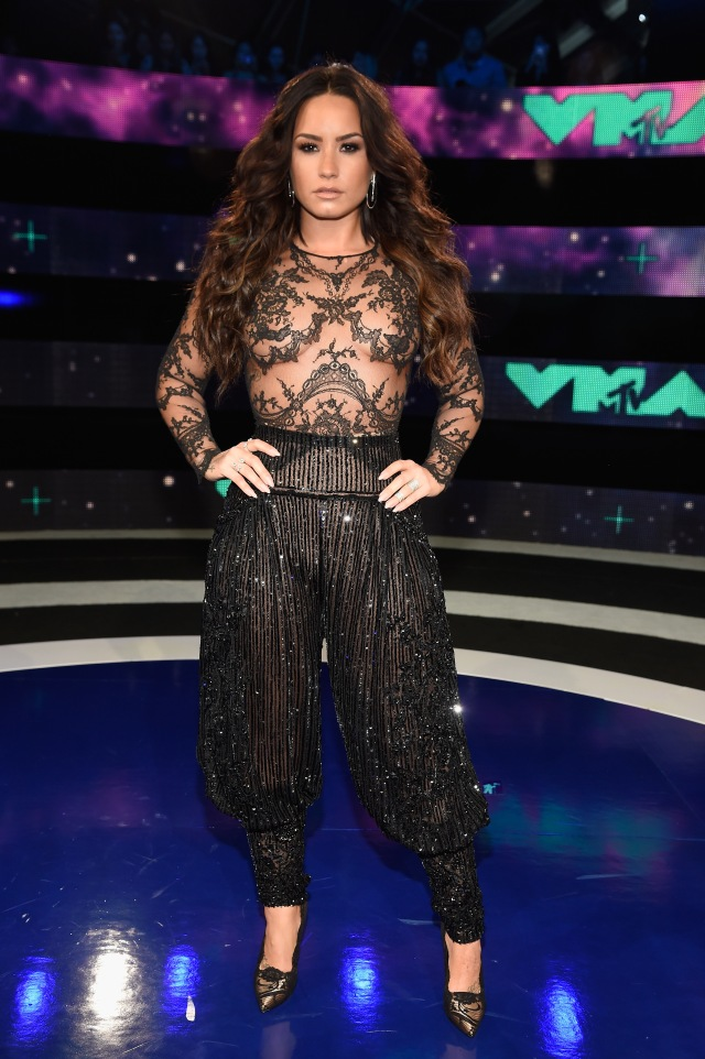 Best Dressed at the 2017 VMAs: Demi Lovato