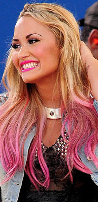 Demi Lovato's pink hairstyle