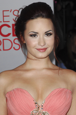 Demi Lovato will answer viewer questions after documentary airs