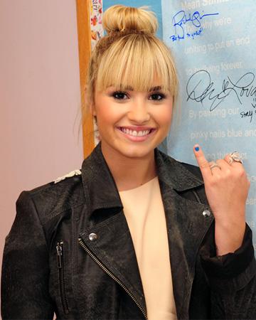Demi Lovato -- Mean Stinks campaign