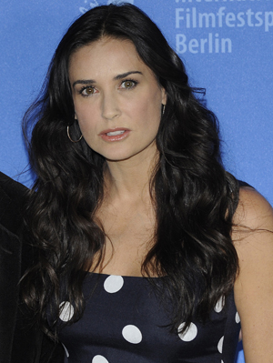 Demi Moore saves a life