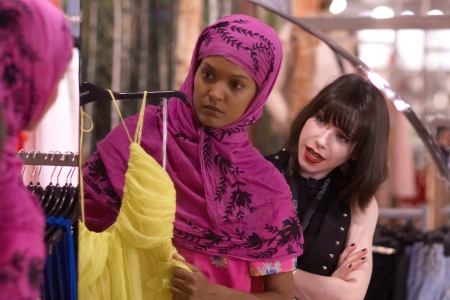 Sally Hawkins stars in Desert Flower with Liya Kebede