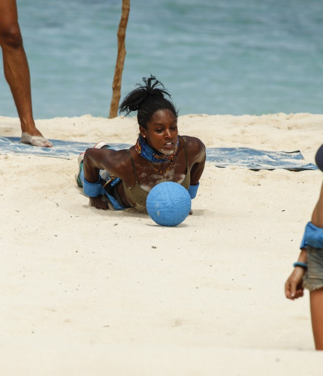 Desiree Williams competes in challenge on Survivor: Heroes Vs. Healers Vs. Hustlers
