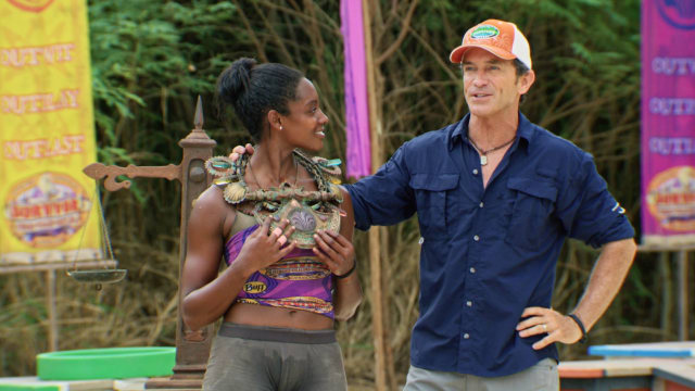 Desiree Williams wins Immunity on Survivor: Heroes Vs. Healers Vs. Hustlers