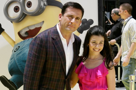 Steve Carell and a fan at the Despicable Me premiere