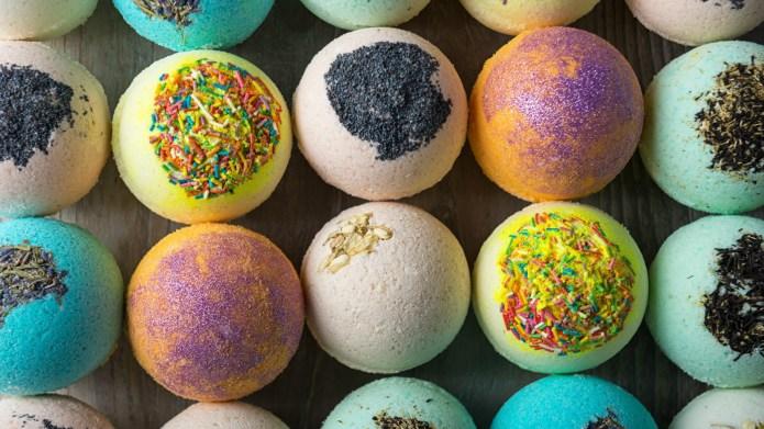 DIY Lavender Bath Bombs That Are