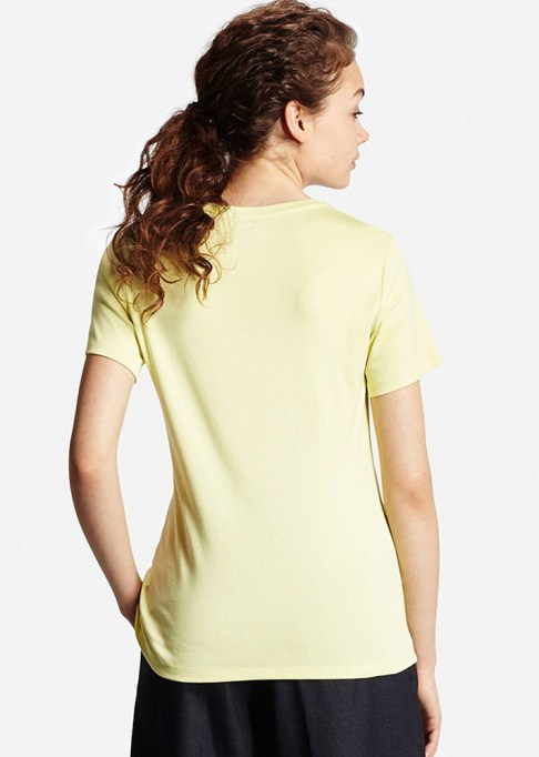 The Best Stores to Shop for Fashion Basics: Uniqlo Supima Cotton Crew-Neck | Summer style 2017