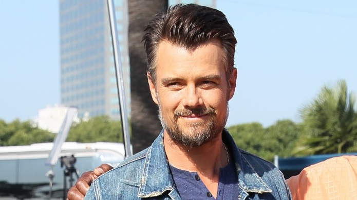 Josh Duhamel meditates naked, you guys