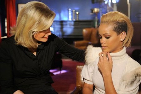 Diane Saywer visits with Rihanna on GMA