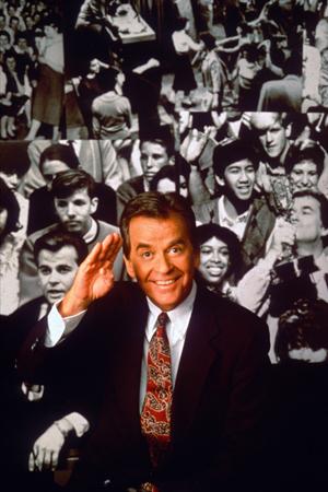 Celebrities react to Dick Clark's passing