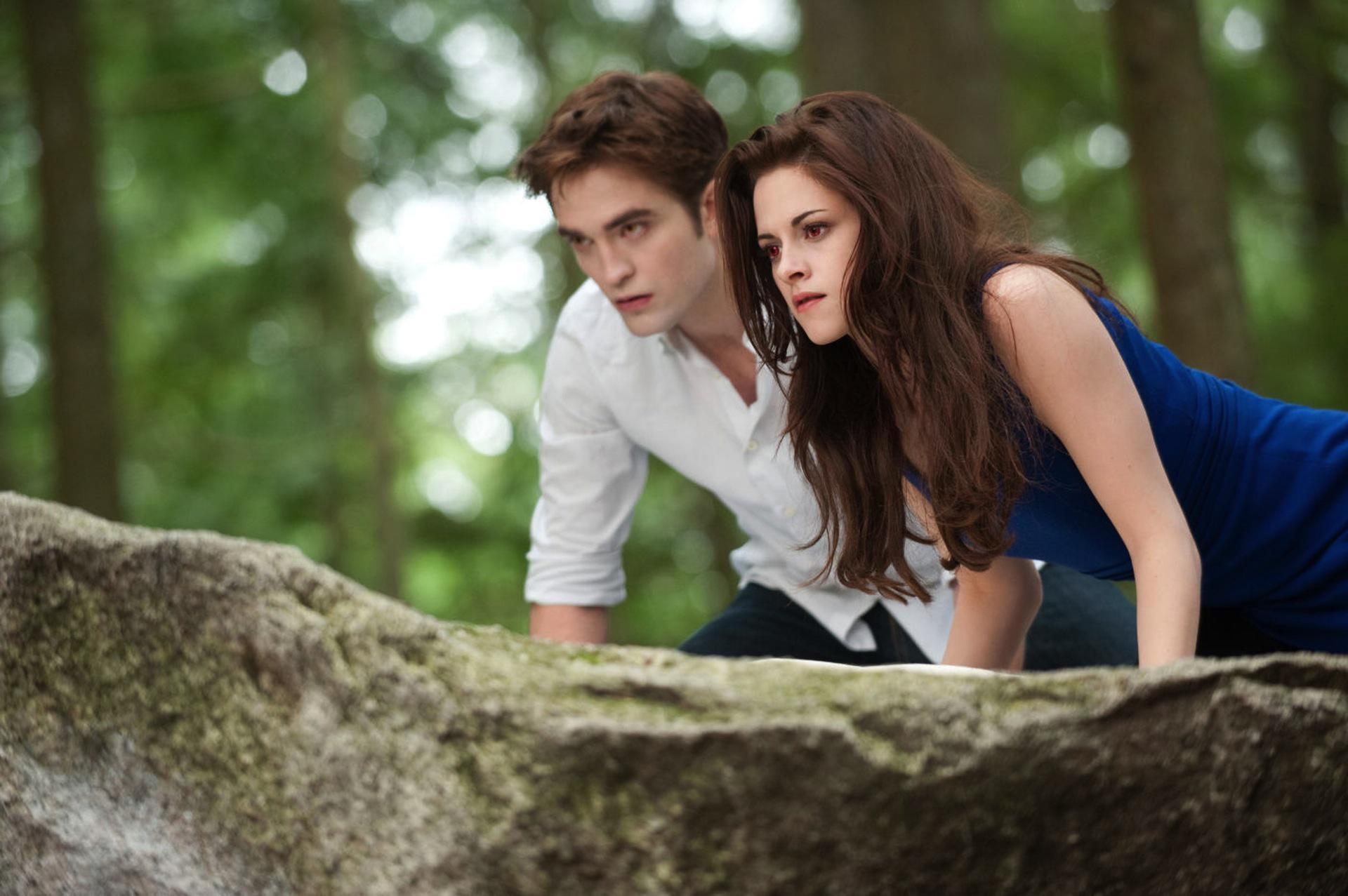 8 Bizarre Twilight fan fiction stories we want turned into short
