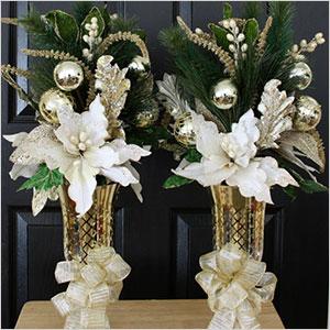 Poinsettia centerpieces | Sheknows.ca