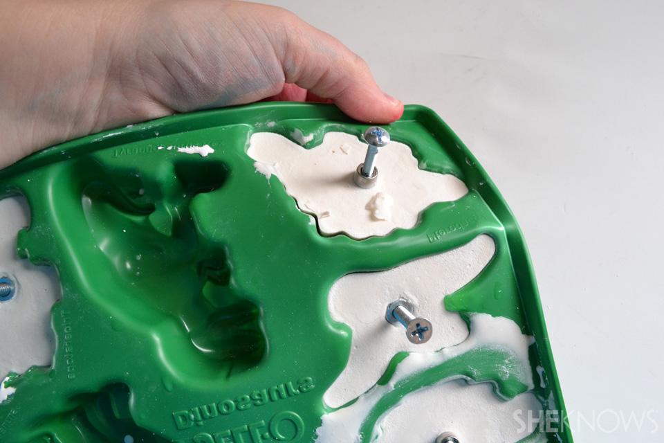 Dinosaur molded knobs