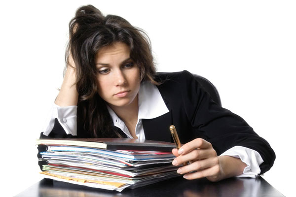 Discouraged and stressed woman | Sheknows.ca