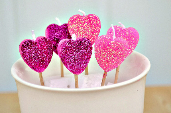 Mini heart candle sticks