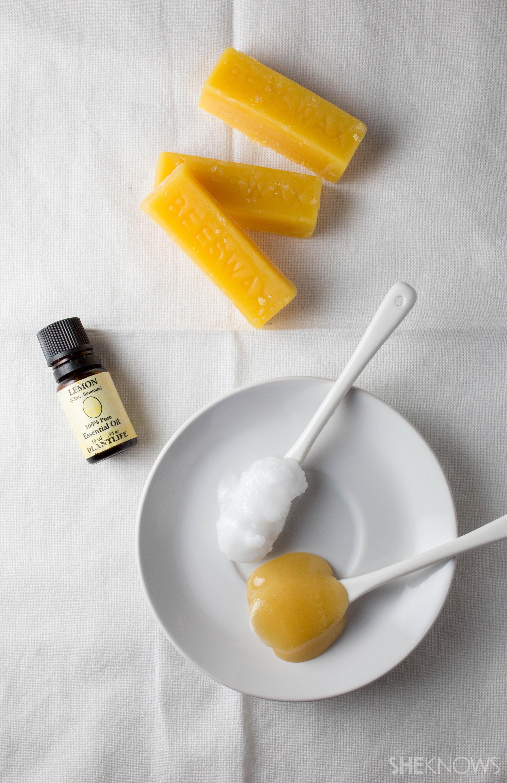 Homemade honey-lemon lip balm l SheKnows