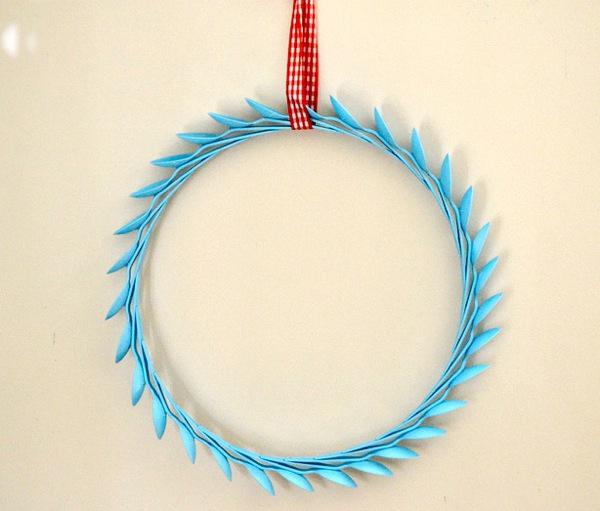 diy spoon wreath