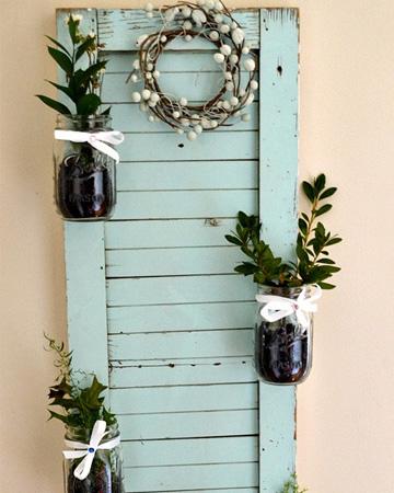 DIY Mason jar shutter garden