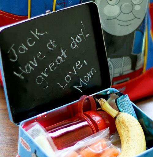Easy chalkboard lunch box