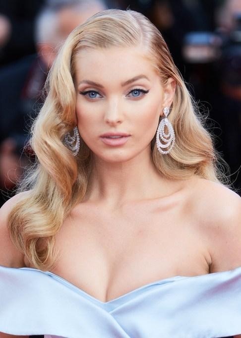 Celebrity-Inspired Ways to Wear Pink Lipstick | Elsa Hosk in pink lipstick | Celeb Style Trends 2017