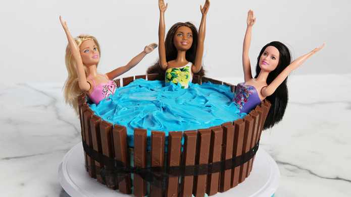 Make this hot tub cake and
