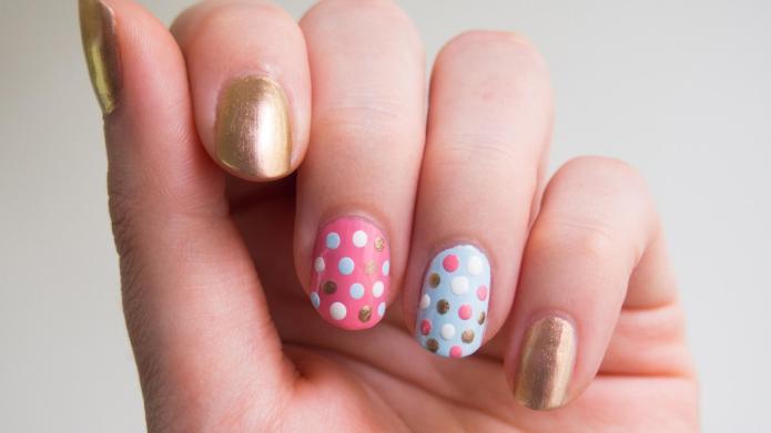 The easiest polka dot nail art