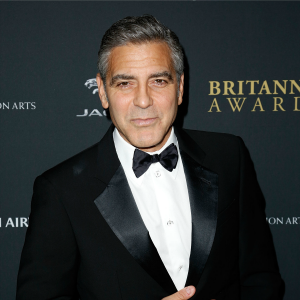 George Clooney rekindles catfight with Russell