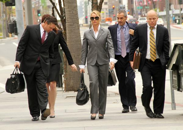 Mistrial on Nicollette Sheridan's Desperate Housewives