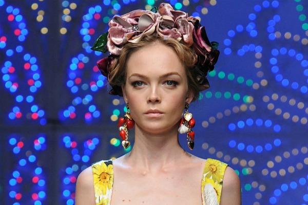 Dolce & Gabbana - Fashion Week Spring 2012
