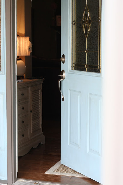 Accent door