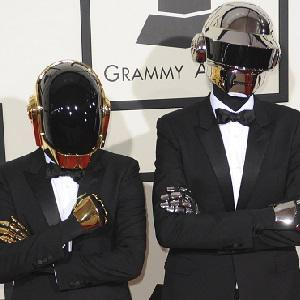 "Jay-Z, Daft Punk get ""Computerized"" in"